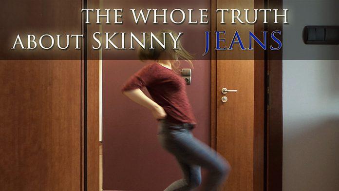 ciasne jeansy ubieranie kobbieciarnia
