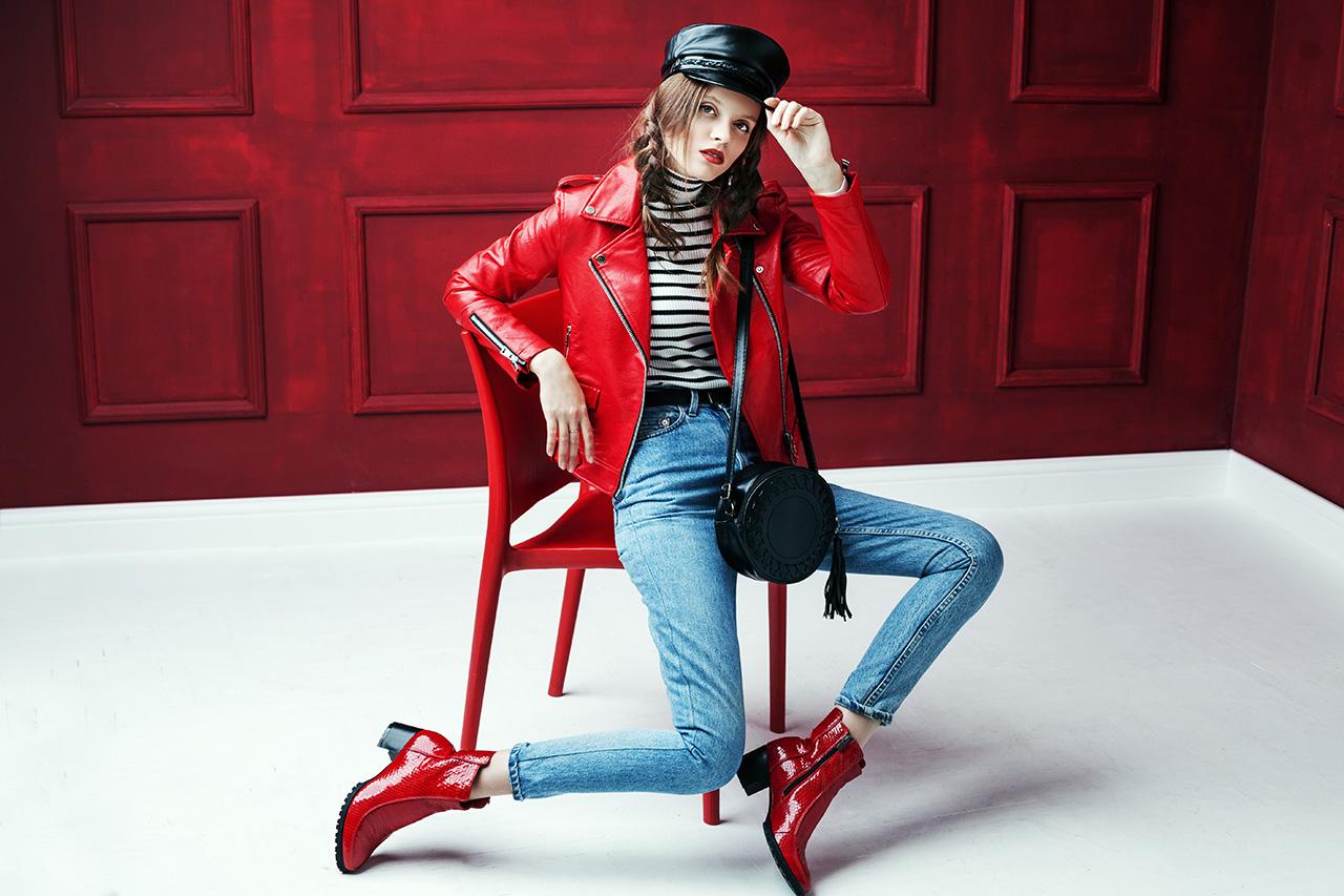 Zaskakuj stylem w butach Love Moschino
