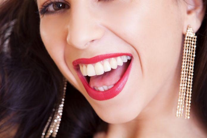 Kolczyki pozłacane na każda okazje - KoBBieciarnia - magazyn, platforma bloggerska, biżuteria kobieca - fashion