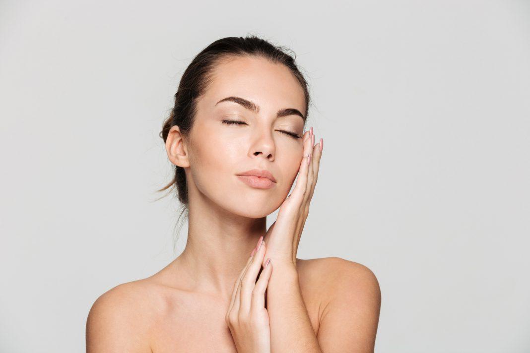 KoBBieciarnia - W jaki sposób można przywrócić jędrność skóry - uroda, zdrowie kobiety