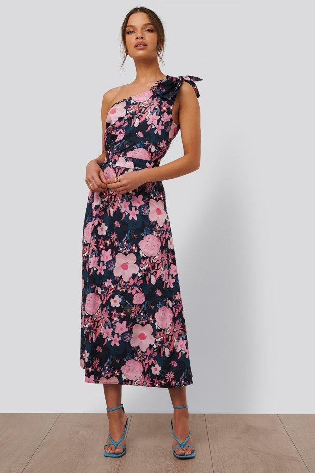 Wesele 2021 - jaką sukienkę wybrać? - KoBBieciarnia
